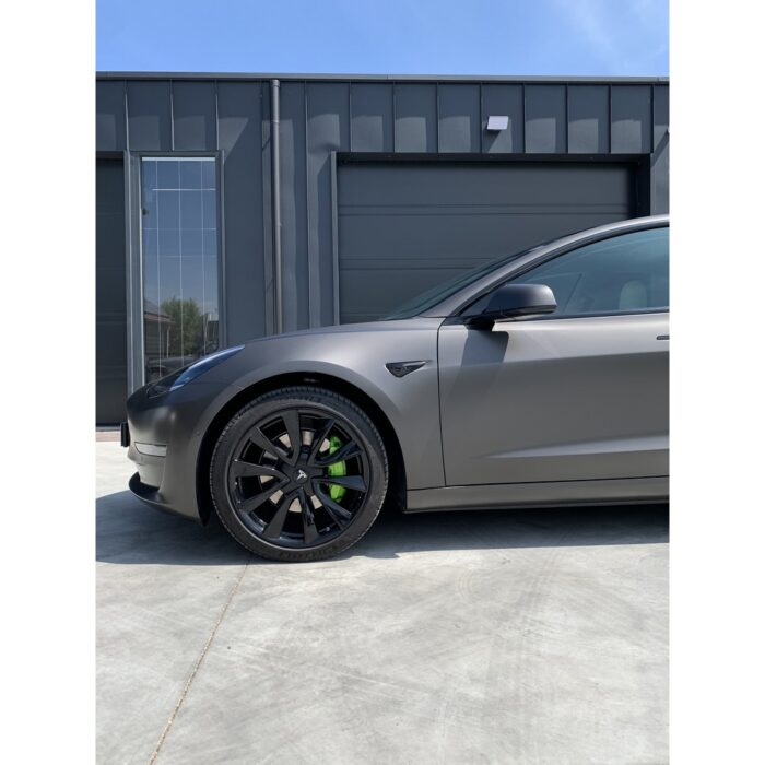 Tesla Model 3 CarWrap