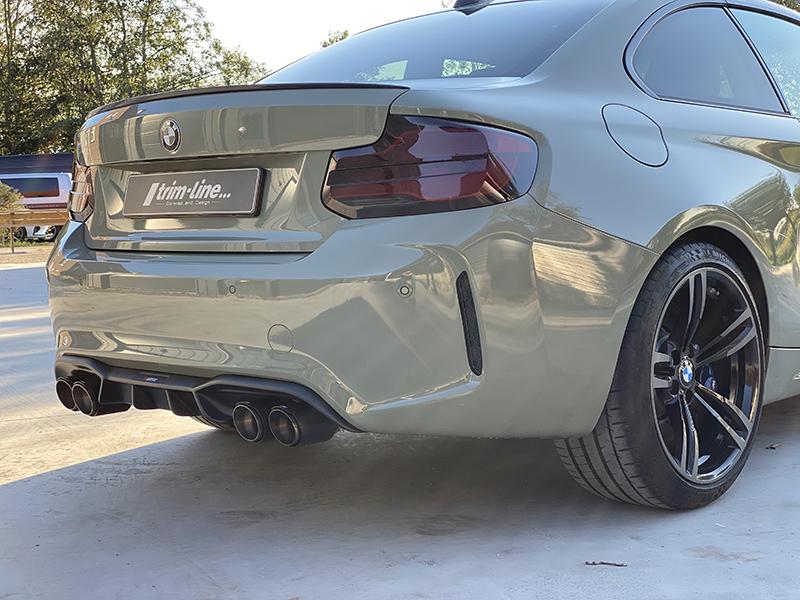 bmw m2 carwrap